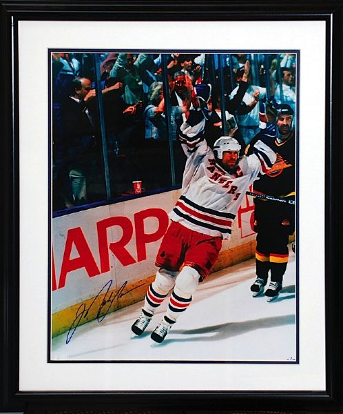 Framed Mark Messier NY Rangers Autographed Limited Edition 16 x 20 Photo (JSA)