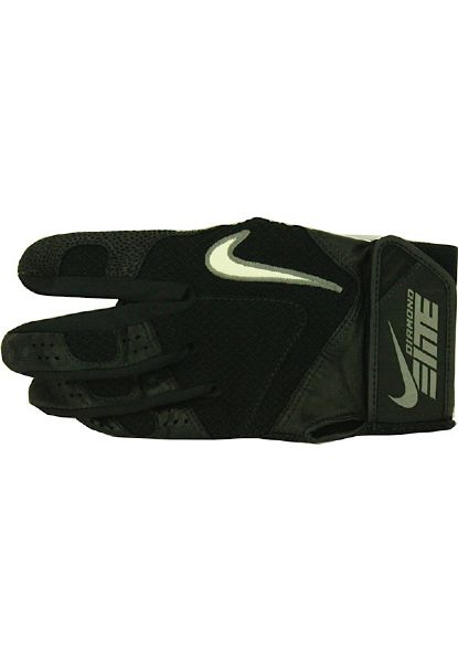 Derek Jeter 2010 Game Used Black Batting Glove