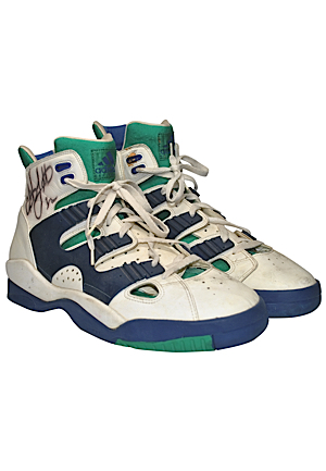 Christian Laettner Game-Used & Autographed Sneakers (JSA)