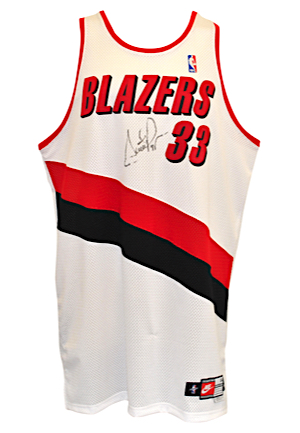 Lot Detail - 1999-00 Scottie Pippen Portland Trail Blazers Game-Used ... e03d4eddd