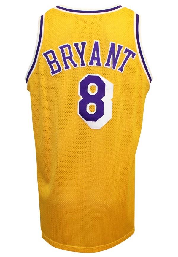 Lot Detail - 1998-99 Kobe Bryant Los Angeles Lakers Game-Used ... 120469c03