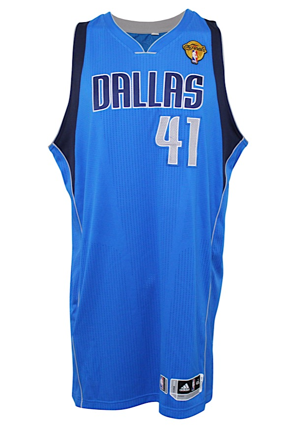 premium selection 27d90 322f6 Lot Detail - 2011 Dirk Nowitzki Dallas Mavericks Game-Used ...