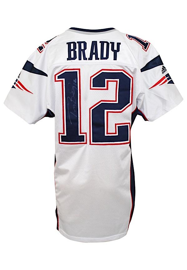 Lot Detail - 2000 Tom Brady New England Patriots Bench-Worn ...