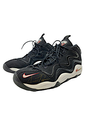 "6/11/1997 Scottie Pippen Chicago Bulls NBA Finals ""Flu Game"" Game-Used & Autographed Shoes (Worn While Holding MJ In Iconic Moment • Ball Boy LOA • JSA)"
